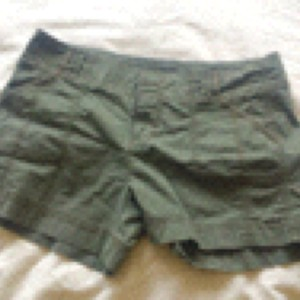 Old Navy Mini/Short Shorts Army green