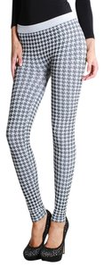 Nikibiki Houndstooth Checkered White Leggings