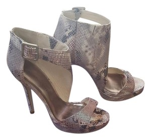 Madden Girl Snakeskin Open Toe Ankle Purple Sandals