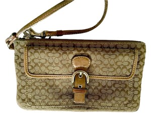 Coach Clutch Beige Wristlet in Brown