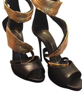Giuseppe Zanotti Heels Black and Gold Sandals