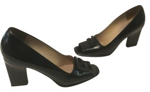 Gucci All Black patent leather Pumps