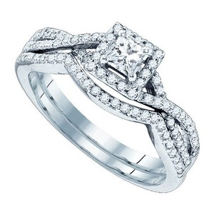 Luxury Designer 14k White Gold 0.66 Cttw Diamond Engagement Ring Bridal Set