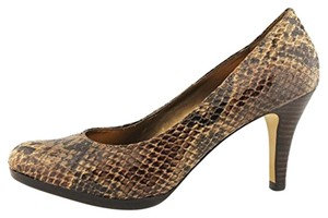 Anne Klein Natural Pumps