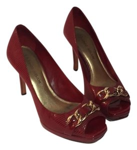 Antonio Melani Red Pumps