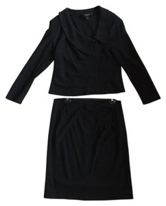 St. John St. John Black Jacket and Skirt set