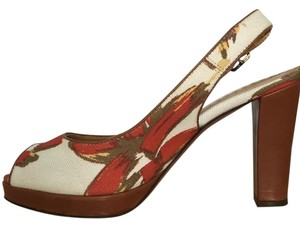 Bettye Muller Designer Italian Made Red, Olive, Gold and Cream Pumps