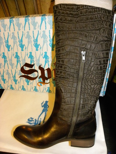 Spirit by Lucchese Chocolate Brown Boots