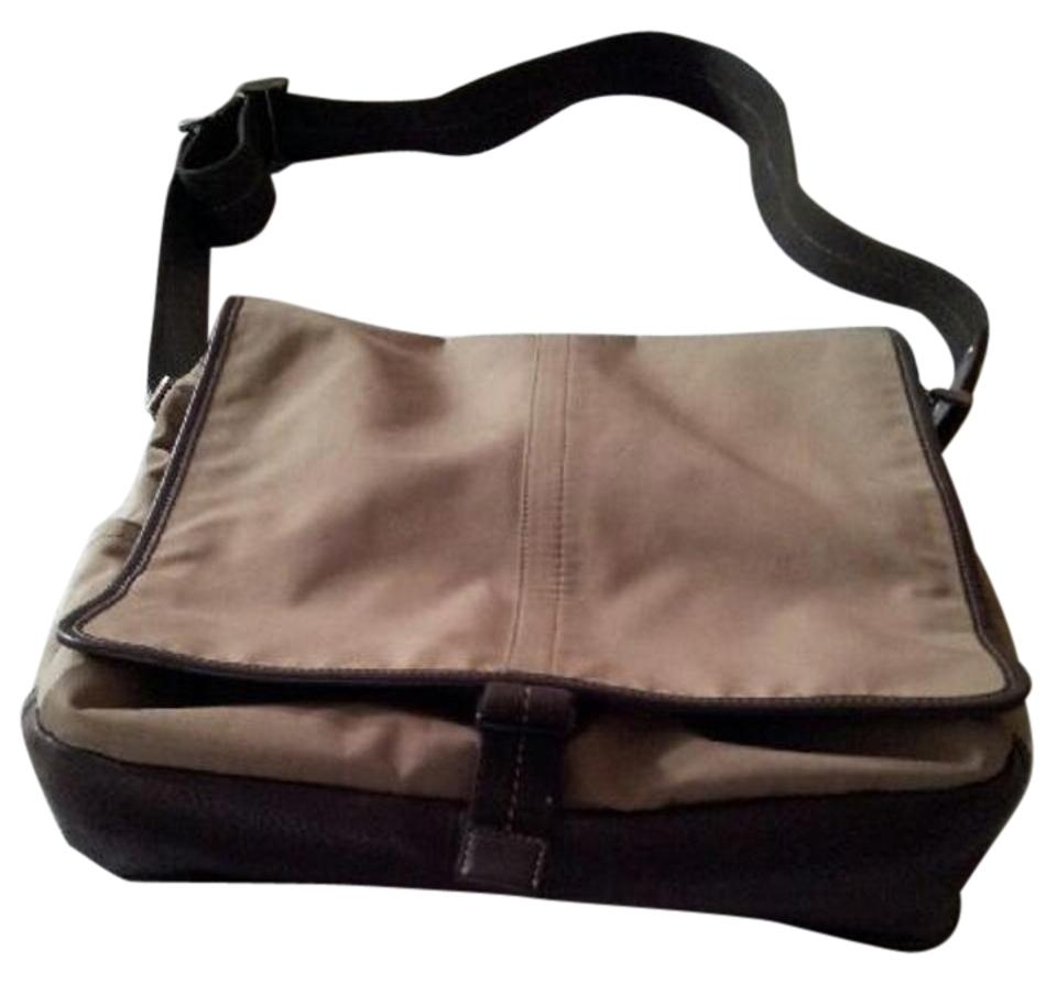 501002a22fa7 Coach Men s Shoulder with Trim 05300 Beige   Dark Brown Canvas   Leather  Messenger Bag