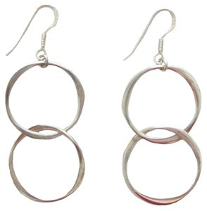 Quicksilver Handcrafted Sterling Silver Interlocking Hoops Dangle Earrings
