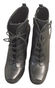 BCBGeneration Ithaka Platform Leather Size 7.5 Worn Twice Black Boots