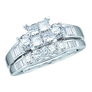 Luxury Designer 10k White Gold 1.00 Cttw Diamond Engagement Ring Bridal Set