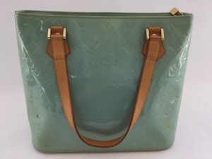 Louis Vuitton Vernis Houston Shoulder Bag