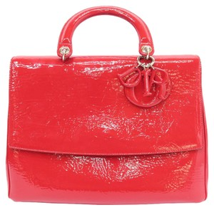 Dior Be Vernis Satchel in red