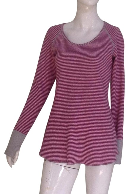 Lululemon Pink and Grey Reversible Activewear Top Size 6 (S, 28) Lululemon Pink and Grey Reversible Activewear Top Size 6 (S, 28) Image 1