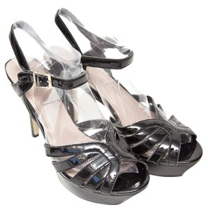 066bf4a588aa Black Vince Camuto Platforms - Up to 90% off at Tradesy