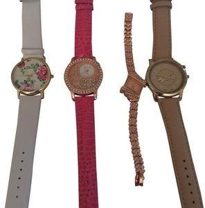 Geneva NWT Watch Set