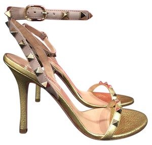 Valentino Rockstud Gold Pumps