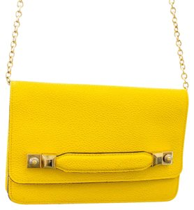 Henri Bendel Gold Chain Magnetic Closure Cross Body Bag