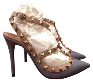 Valentino Rockstud Grey Pumps