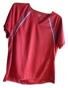 Champion Champion Active v-neck top NWT
