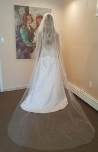 Bridal Light Ivory Plain 2 Tier Cathedral Veil With Comb Style 620-3