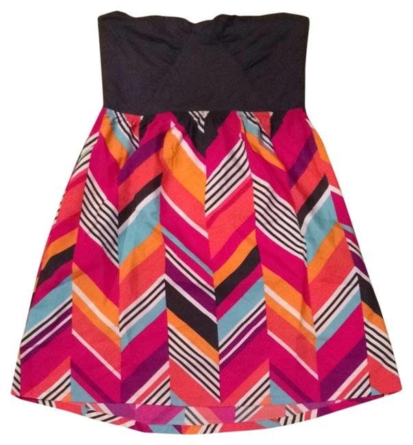 Preload https://item4.tradesy.com/images/roxy-navy-with-multi-color-stripes-short-casual-dress-size-12-l-1684003-0-0.jpg?width=400&height=650