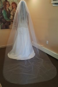 Cathedral Veil Plain 2 Layers With Comb Style 620-5