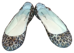 Mossimo Supply Co. Ballet Stretchy Leopard Flats