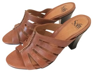 Erosoft by Sfft Light brown Sandals