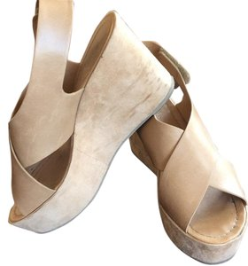 Soda Blu Nude Wedges