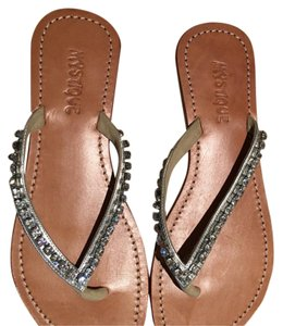 Mystique Boutique Silver with rhinestones Sandals