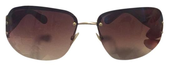 Preload https://item4.tradesy.com/images/marc-jacobs-brown-sunglasses-1685018-0-0.jpg?width=440&height=440