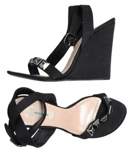 Marc Jacobs Black Wedges