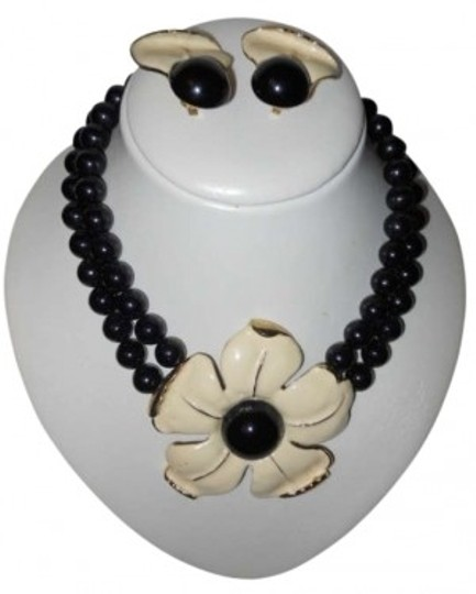 unknown Retro funky flower necklace & earrings