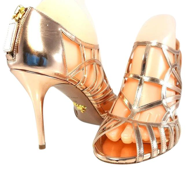 Item - Pink Metallic Caged Leather Sandals Strappy Back Zip Open Toe Pump Formal Shoes Size EU 39.5 (Approx. US 9.5) Regular (M, B)
