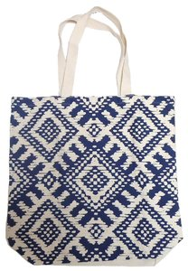 Old Navy Tote in Cream/Navy