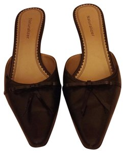 Naturalizer Black Mules