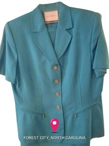 Kim Rogers Skirt suit, very nice! Size 14