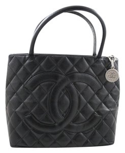 Chanel Medallion Handbag Quilted Caviar Leather Penny Lane Tote in Black