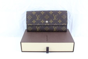 Louis Vuitton Long Wallet Monogram Zippered Coin Purse w/box -826