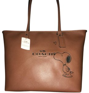 NWT Coach X Peanuts Special Limited Edition Tote in NWT Saddle Brown