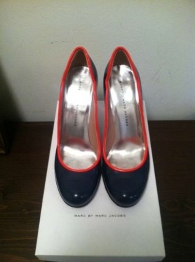 Marc by Marc Jacobs Navy Pumps