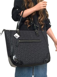 Coach Poppy Lures Tote in Black
