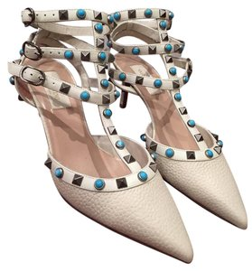 Valentino Rockstud High Heels White Pumps