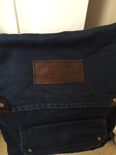 Abercrombie & Fitch Cross Body Bag