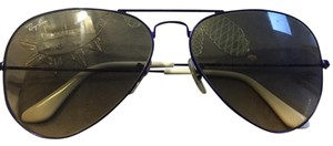 Ray-Ban RB 3025 Large Aviator