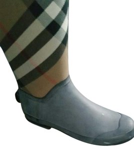 Burberry black brown red Boots