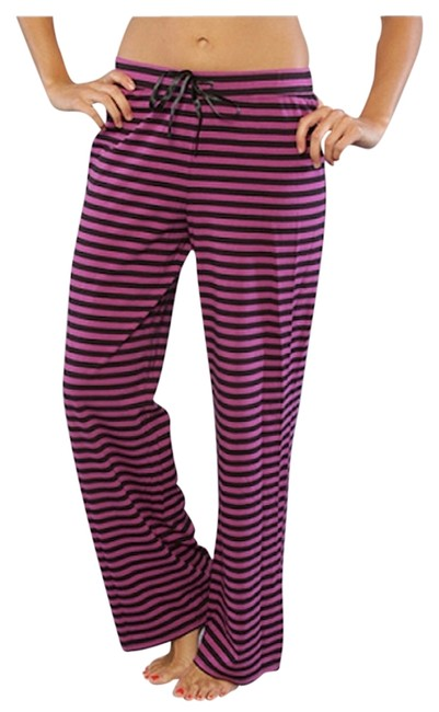 Preload https://item3.tradesy.com/images/betsey-johnson-purple-stripe-sleep-relaxed-fit-pants-size-12-l-32-33-1686997-0-0.jpg?width=400&height=650