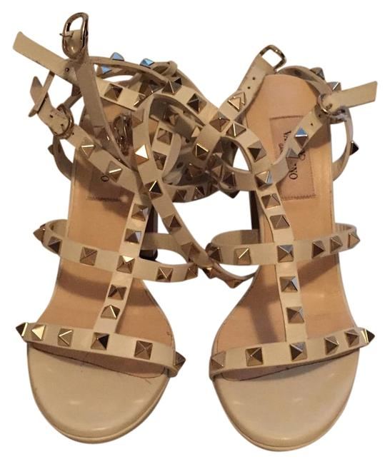 Item - White with Gold Studs Sandals Wedges Size US 7 Regular (M, B)
